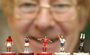 More Beautiful Pictures of Tiny Plastic Football Men