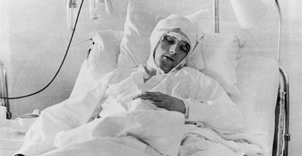 Albert Scanlon in the hospital after the Munich air crash